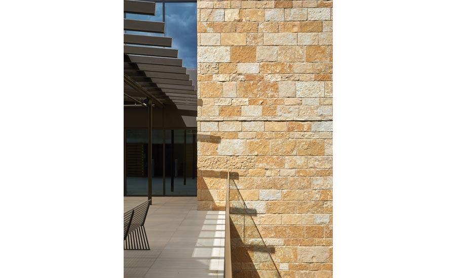 Limestone Elevation : Lueders limestone used for pioneer bank hq in austin tx