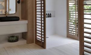 Bathroom-with-dekton-grip_color-dekton-makai