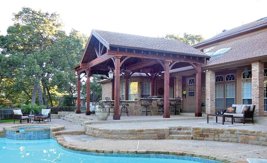 Texas Residence 39 S Front And Backyard Uses Oklahoma