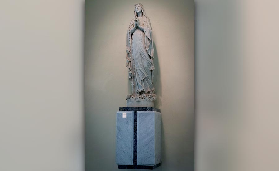 "Carrara marble veining in a ""V"" pattern for Virgin Mary platform"