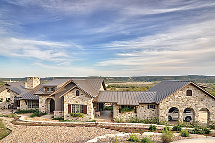 Blending romance and country style 2014 04 01 stone world for Hill country stone