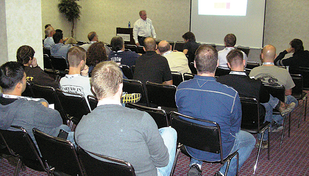 SW0912_Slideshow_Megaworkshop07.jpg
