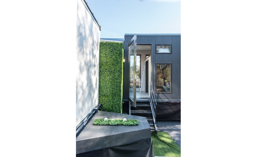 Neolith's tiny house at KBIS 11
