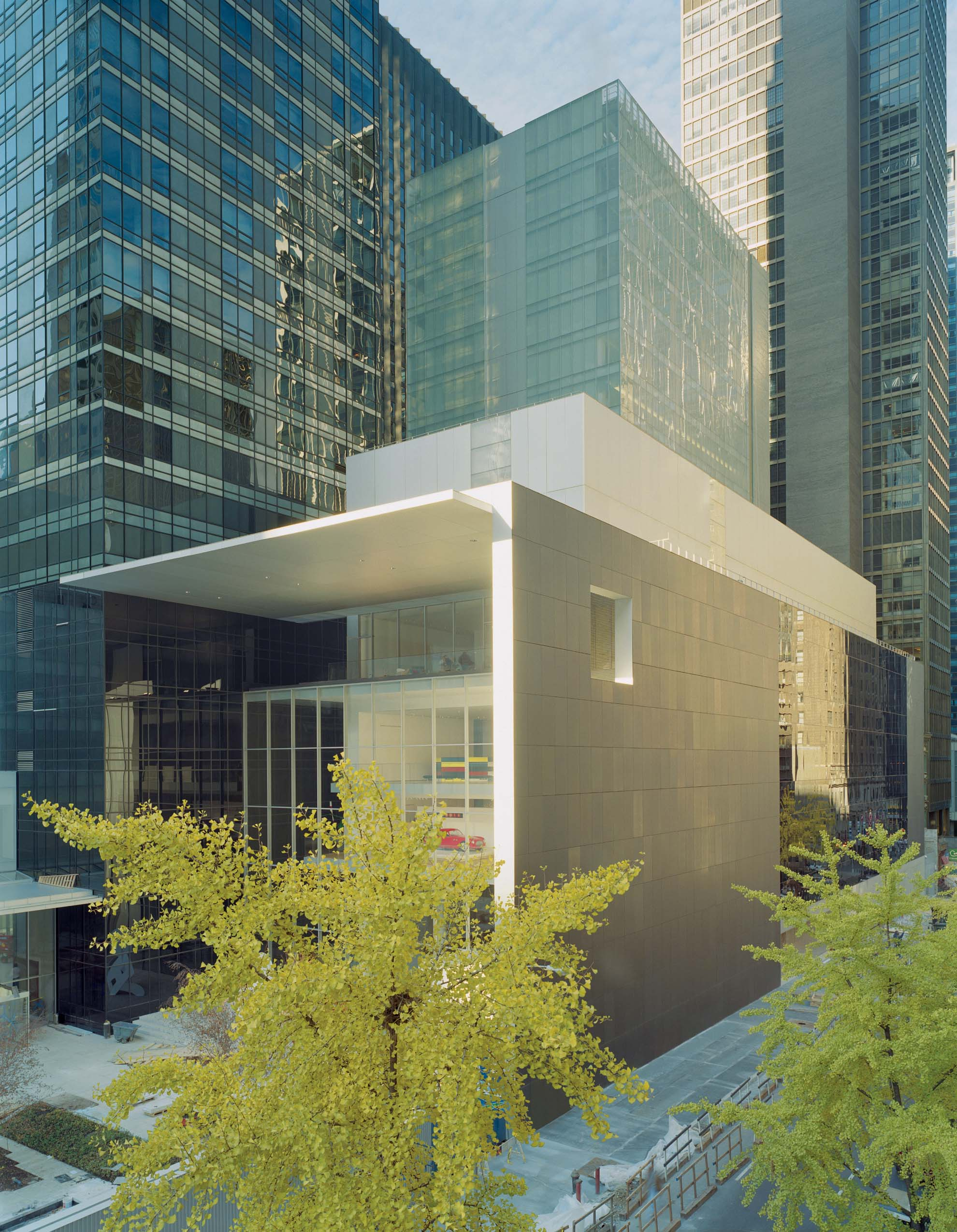 New york 39 s moma receives a facelift Modern house architect new york